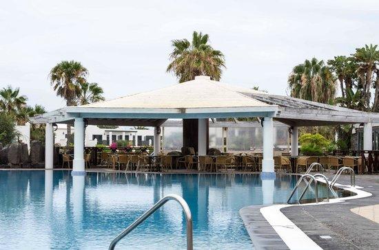 Las Marismas de Corralejo: Pool Bar