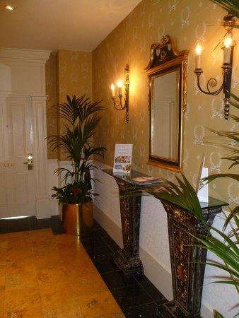 Hotel Meyrick: Room 530