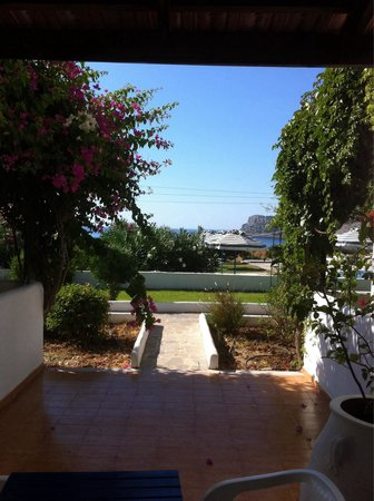 Lindos Sun Hotel: Stanza piano terra daccanto alla piscina