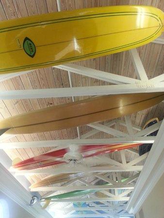 Capt Hiram's Resort : lobby