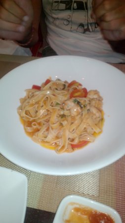 Prego Italian Restaurant : tagliolini all aragosta