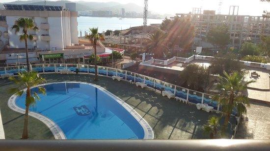 Hotel Playasol Riviera: Vue de la chambre