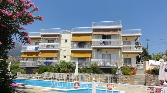 Litsa Apartments: Old block