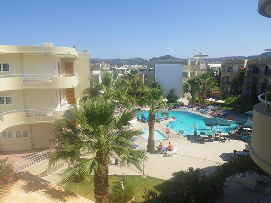 Sea Melody Hotel-Apartments : Från vårt rum