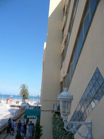 Los Delfines: hotel