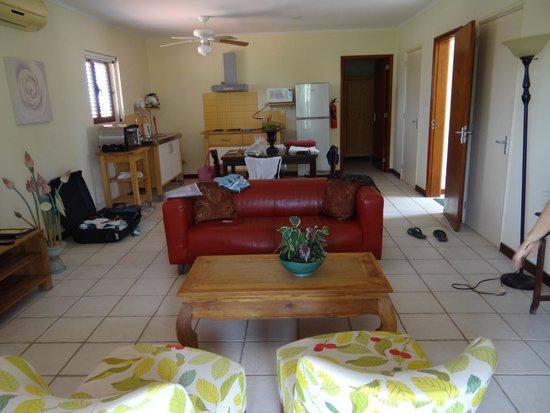 Sonrisa: Living room