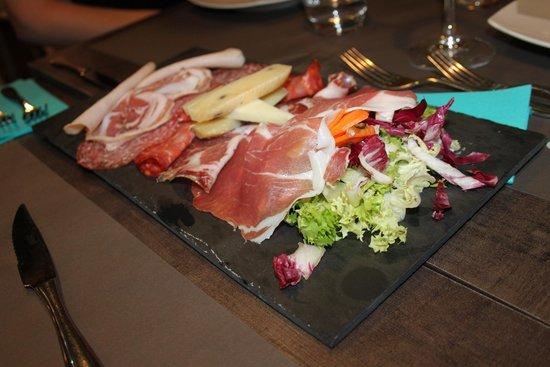 Tagliere formaggi e salumi - Foto di Ferro & Ghisa, Roma - TripAdvisor