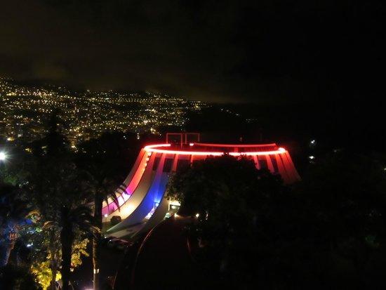 Pestana Casino Park Hotel : Vista de noite para o casino