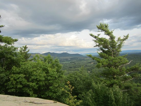 Cathedral Ledge: Views from the top