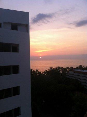 Dreams Villamagna Nuevo Vallarta : Sunset view from the room