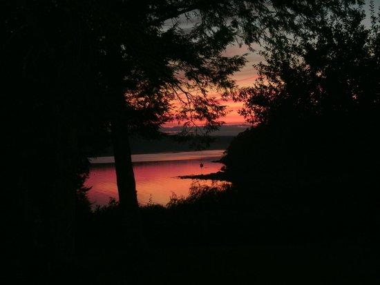 Surry Inn: Spectacular sunsets