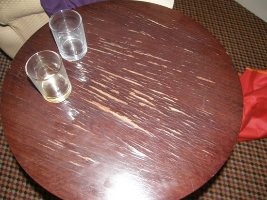 The Palace Hotel : Worn table