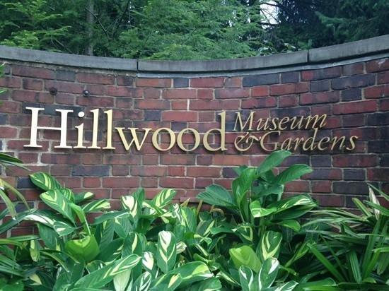 Hillwood Museum & Gardens : entrance