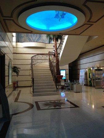 Atlantica Bay Hotel: - 1 - floor restuarant level