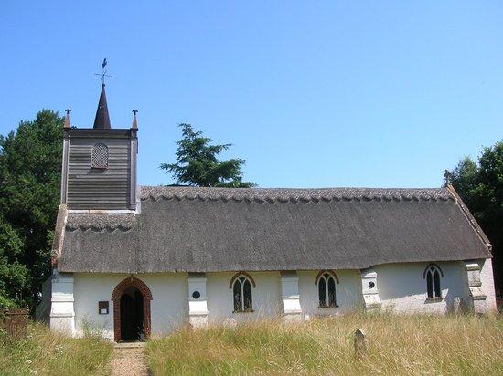Sisland Tithe Barn: Sisland thatched church
