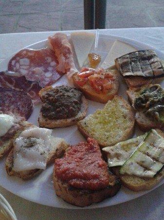 Ristorante Villa Nottola : Antipasto misto