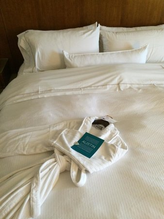 The Westin Austin at The Domain: bed (bath robe, nice detail #chic)