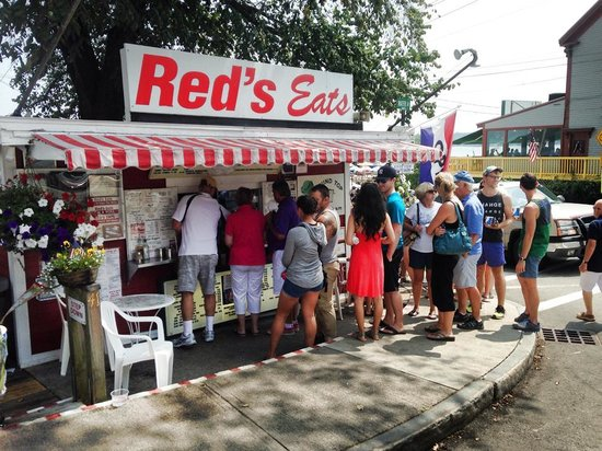 Red's Eats : Line around the building