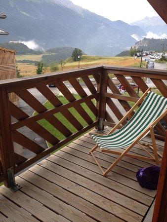 Résidence Goélia Les Flocons d'Argent : Vu du balcon ( fleur de montagne )