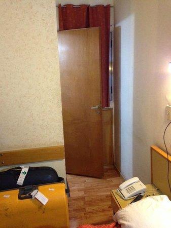 Hotel El Cabildo: Péssimo quarto