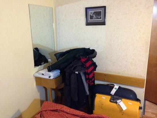 Hotel El Cabildo: Sem lugar para por as malas