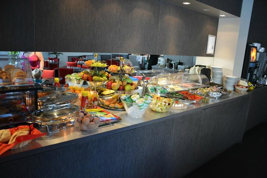 Birokrat Hotel: Buffet du petit-déjeuner