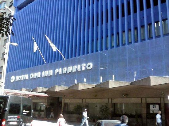 Dan Inn Planalto: Excelente localização
