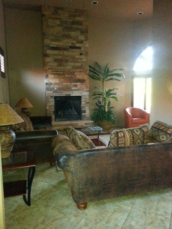 Las Posadas of Sedona : Living room