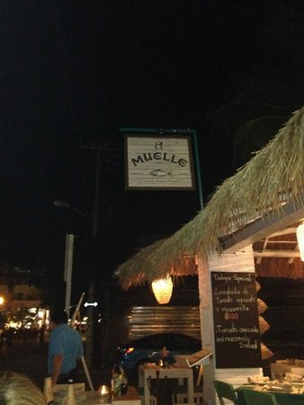 El Muelle Restaurant : You are here