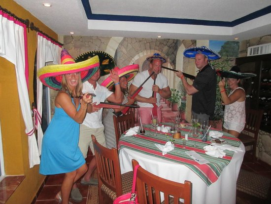 Occidental Costa Cancun : Fun at the Mexican Specialty Restaurant