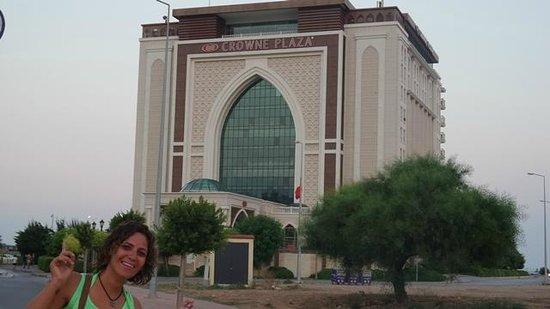 Crowne Plaza Hotel Antalya: the hotel