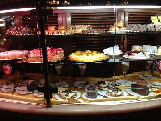 Caffe Poliziano: Yummy desserts
