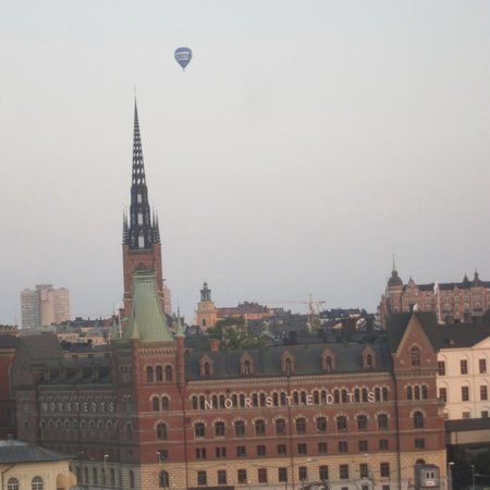 Sheraton Stockholm Hotel: Ballon over Stockholm from room at Sheraton