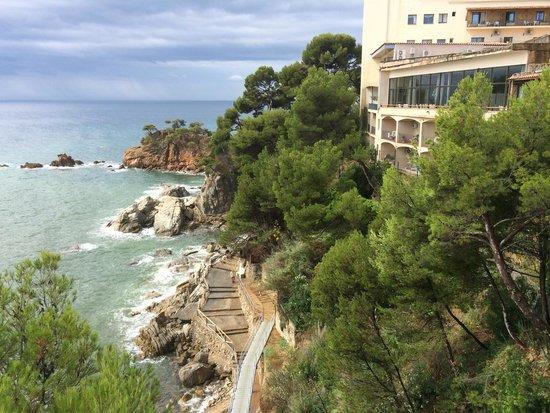 Hotel Cap Roig by Brava Hoteles : Prachtig uitzicht vanaf terras
