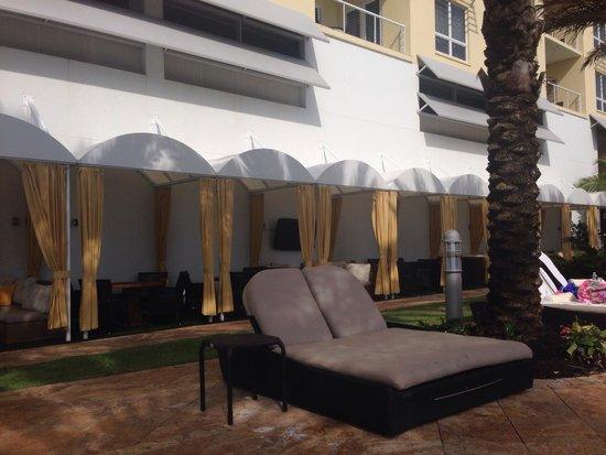 Hyatt Siesta Key Beach Resort, A Hyatt Residence Club: Pool area