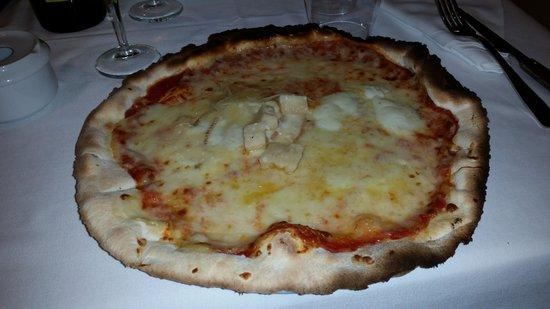 La Tagliatella Cambrils - Barrio Maritimo - Puerto: Pizza 7 fromages.