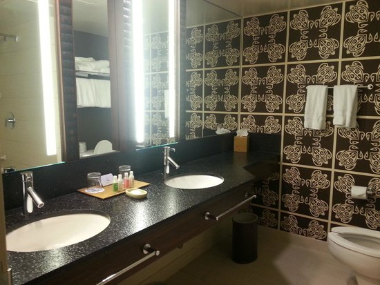Disney's Polynesian Village Resort: Vanity