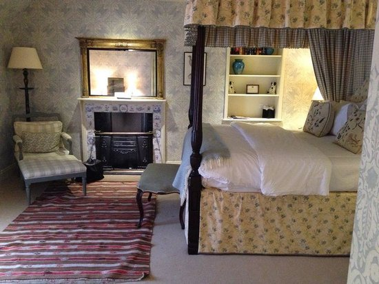 Loch Lomond Arms Hotel: The Bridal Suite
