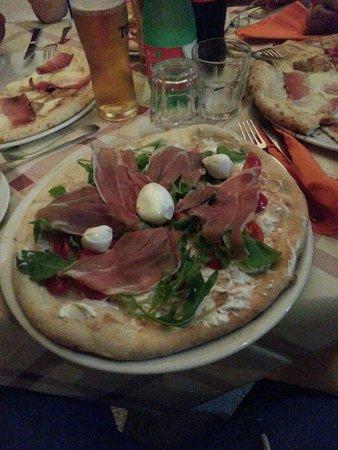 La Locanda dei Briganti : La pizza del Brigante!!!Ottima