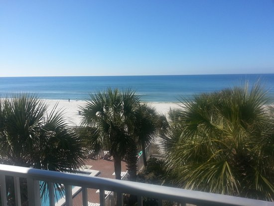 Bikini Beach Resort Motel: love the balcony view