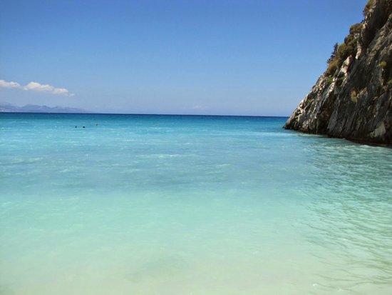 Xygia Sulphur Beach : Woda z siarką i kolagenem