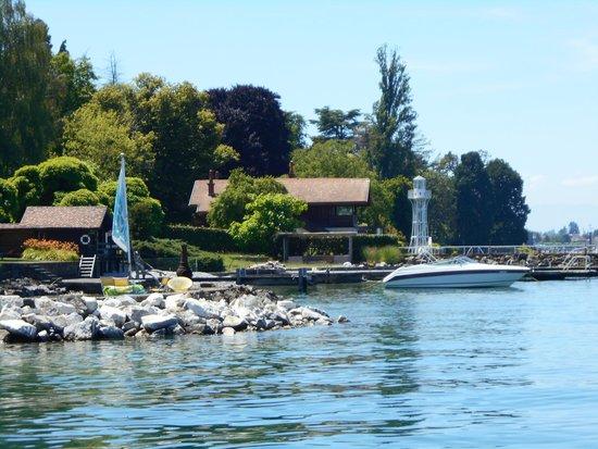 Beautiful homes on Lac Leman.