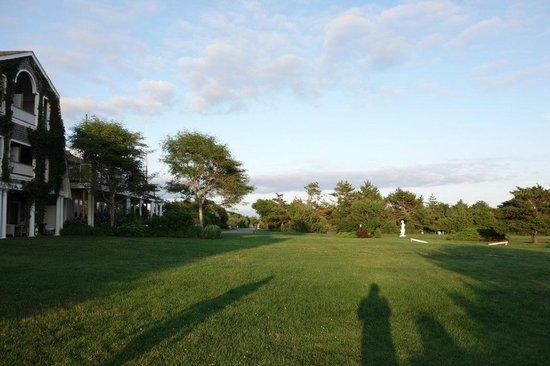 Winnetu Oceanside Resort: Grounds