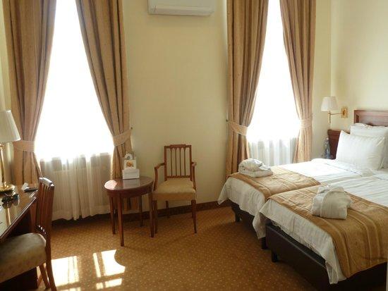 My City Hotel Tallinn: habitacion