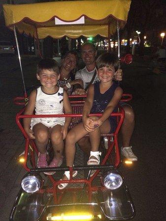 Hotel Germania: La bici...con mamma & papà!!!����