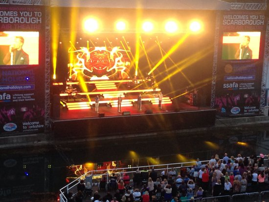 Scarborough Open Air Theatre : Boyzone gig