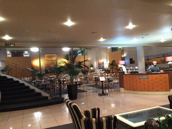 Rydges Rotorua: Worth every cent - restaurant from ground floor