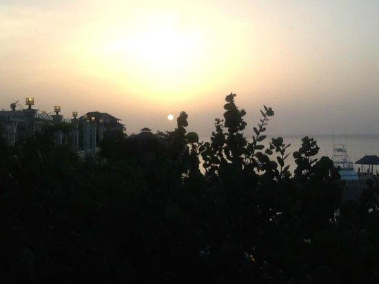 Sandals Ochi Beach Resort: Sunset