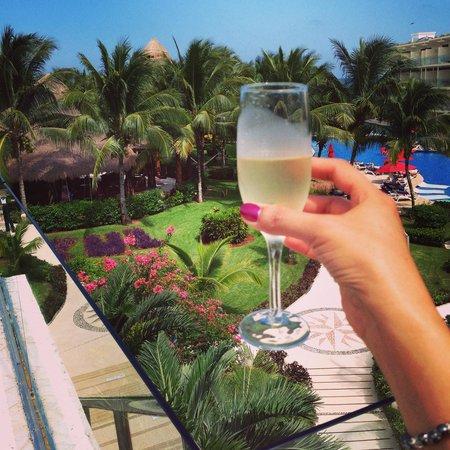 Azul Beach Resort Sensatori Mexico: Cheers to all the staff at Sensatori Mexico