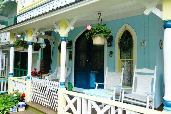 Martha's Vineyard Camp meeting Association (MVCMA) : House